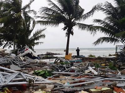 Външно: Няма данни за пострадали или изчезнали българи в Индонезия