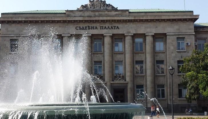 Русенски учител получи 8 години затвор за блудство