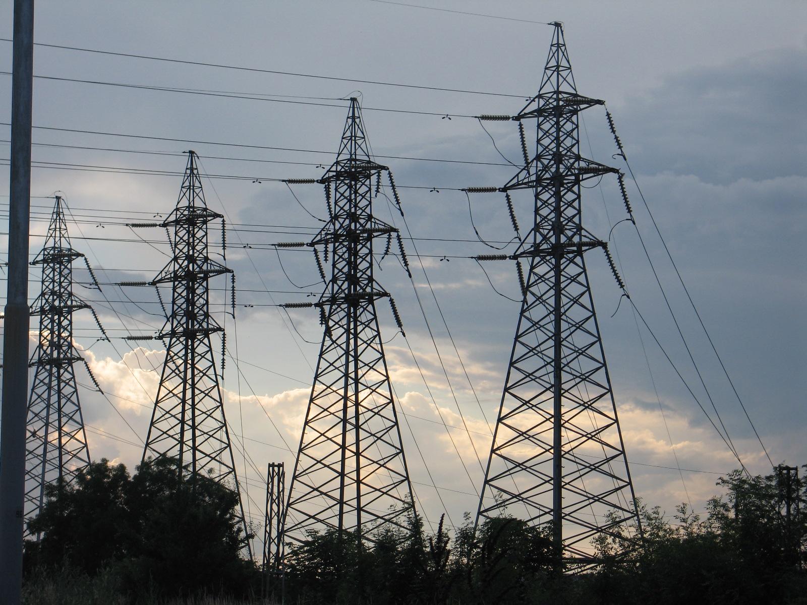 Депутатите ще обсъждат цената на индустриалния ток