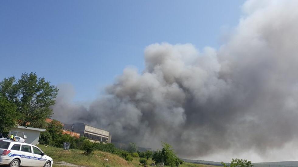 Нено Димов налага глоба на завода за отпадъци край Шишманци