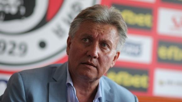 Василев: Щях да прехвърля акциите на Локо Сф, но не намерих такъв глупак като нас