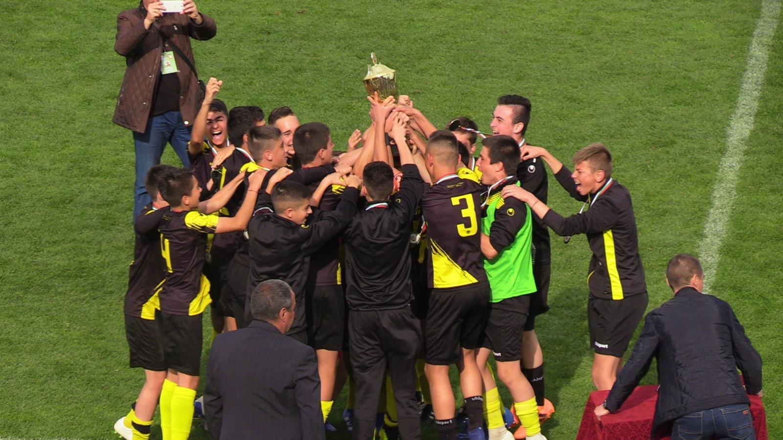 Ботев, Лудогорец и ... Черно море са големите победители в ДЮФ за сезон 2018/2019