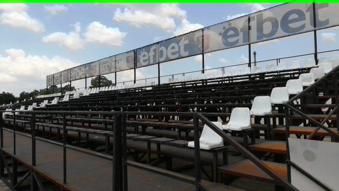 На Лаута: Започнаха да слагат седалки на Бесика!