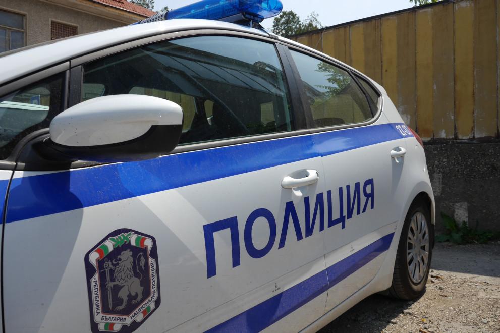 Шофьор се удари в кола, а после блъсна момче на тротоар в Пловдив! Откриха алкохол в кръвта му