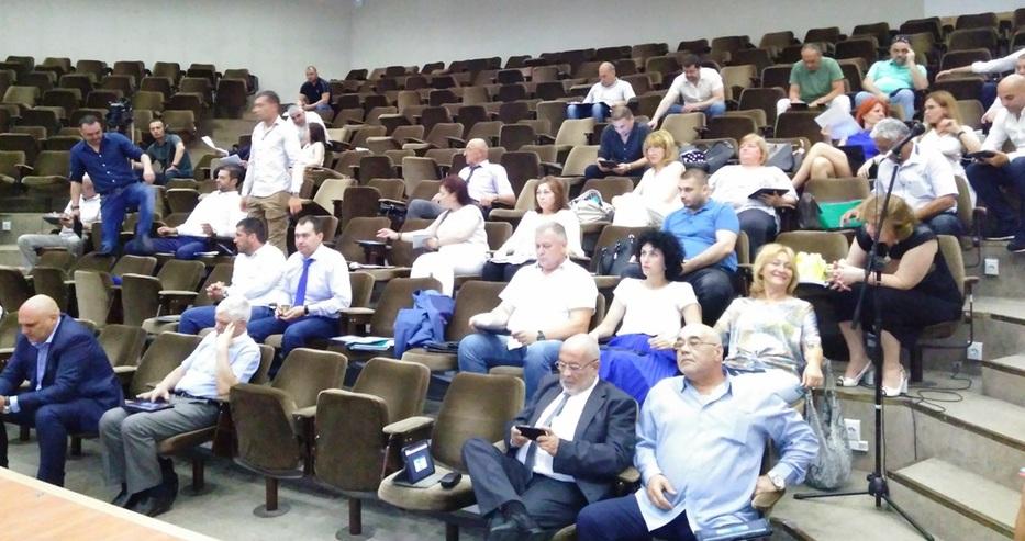 Тежки дебати в Общинския съвет на Варна за дружествата