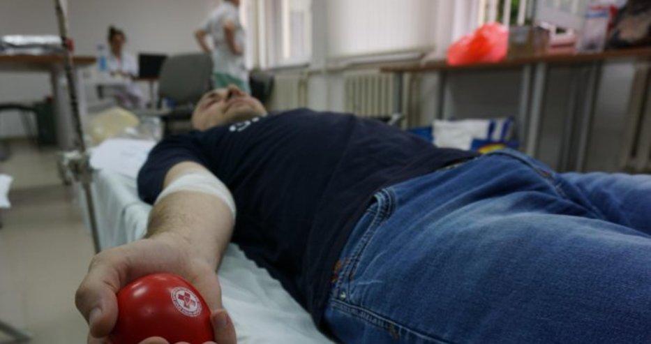От Кръвен център - Варна алармират: Има недостиг на кръвна група А отрицателна