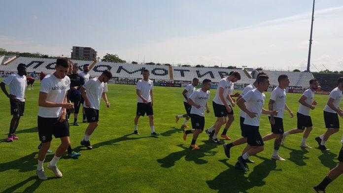 Носителят на Купата започна с 24 футболисти!
