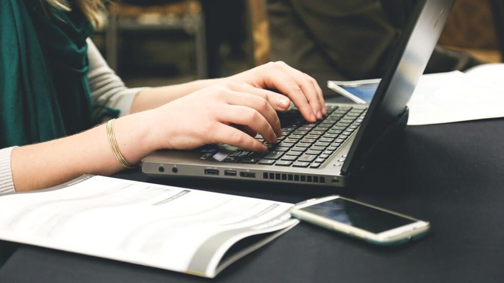 86% от потребителите на интернет се подлъгват от фалшиви новини