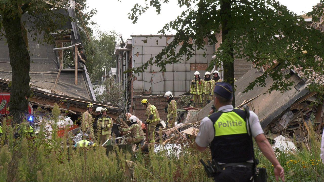 Взрив в Антверпен! Разрушени сгради, ранени. Подозират изтичане на газ