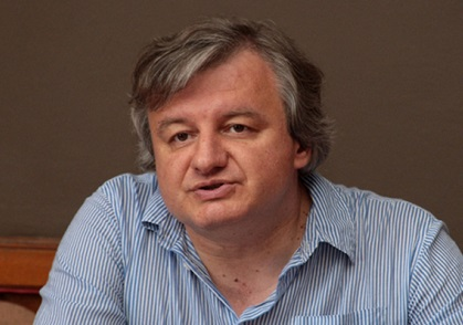 София: Писателят Пламен Дойнов ще отбележи юбилей в Столична библиотека