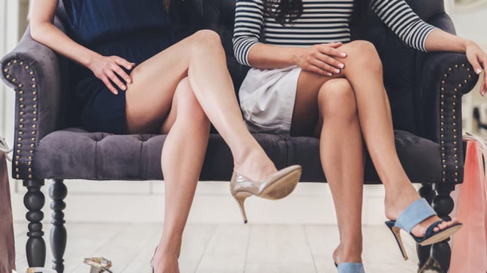 Защо жените не бива да седят с кръстосани крака - истини и митове!
