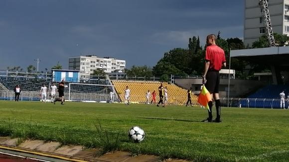 Нефтохимик не сбърка срещу Борислав (Първомай)
