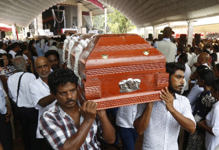 253 са жертвите на атентатите в Шри Ланка