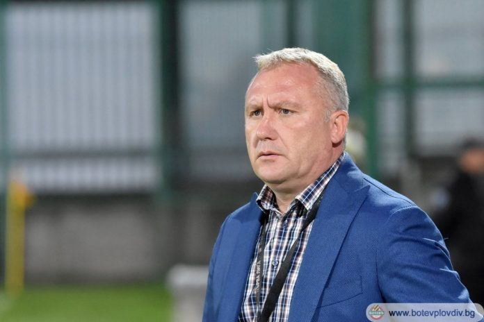 Ботев Пловдив се отнесе с Николай Киров като с легенда на клуба!