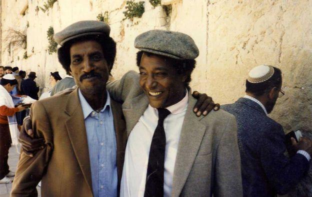 Мосад и мисиите им: Как един фалшив курорт в Судан спаси хиляди евреи?