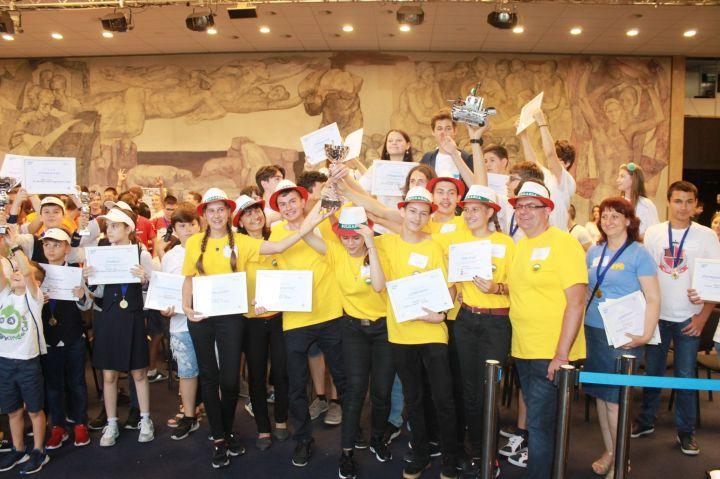 Разградски ученици станаха шампиони на България по роботика